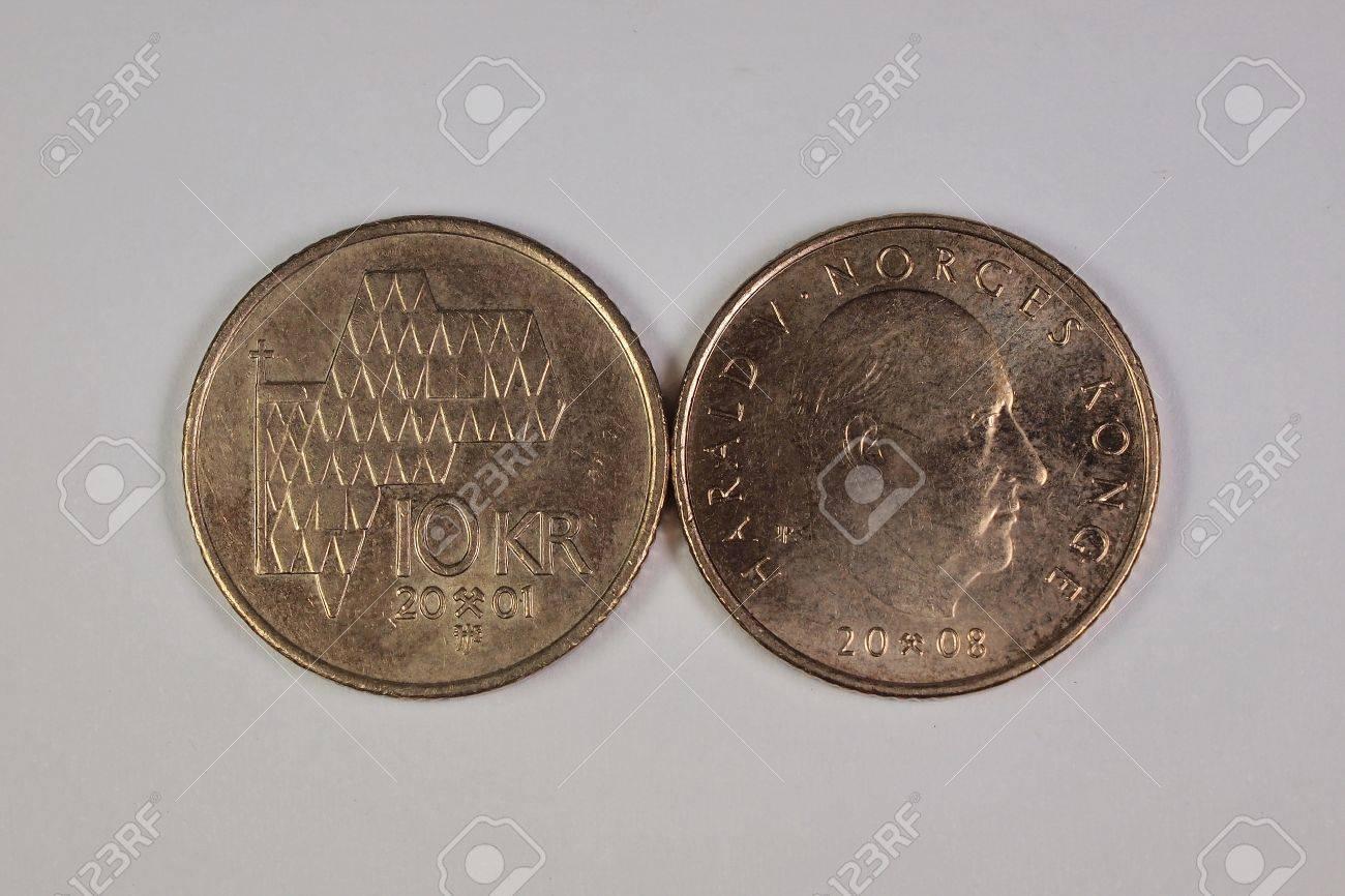 10 Norwegische Kronen Münzen Lizenzfreie Fotos Bilder Und Stock
