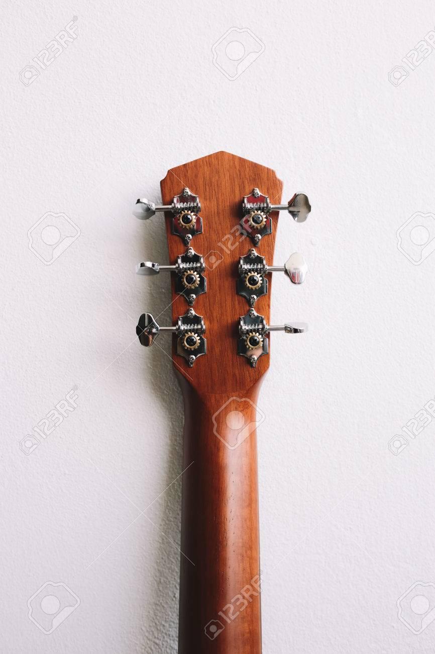 Acoustic guitars headstock - 60536152