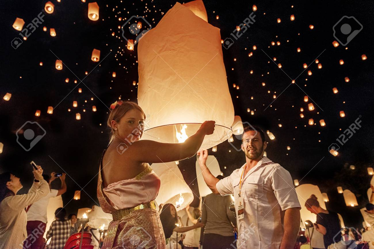 Chiang Mai Thailand November 2015 Couples Releasing Lanterns Stock Photo Picture And Royalty Free Image Image 86346989