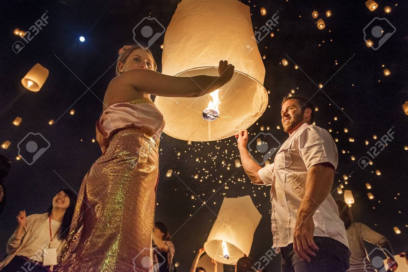 Chiang Mai Thailand November 2015 Couples Releasing Lanterns Stock Photo Picture And Royalty Free Image Image 86460414