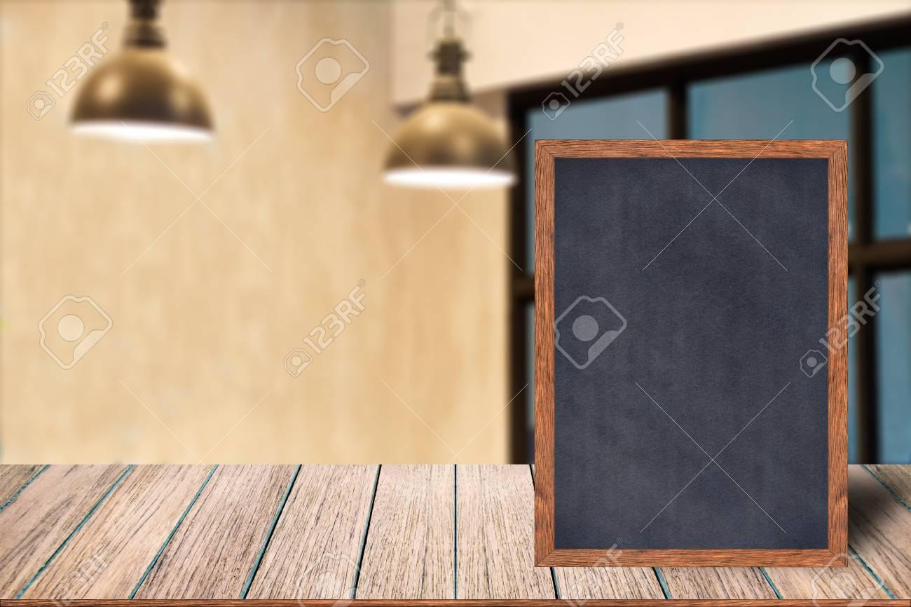 Tafel-Rahmentafel-Zeichenmenü Der Tafel Hölzernes Auf Holztisch ...