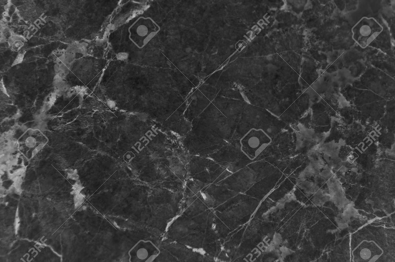 Texture di marmo nero con un sacco di venature a contrasto