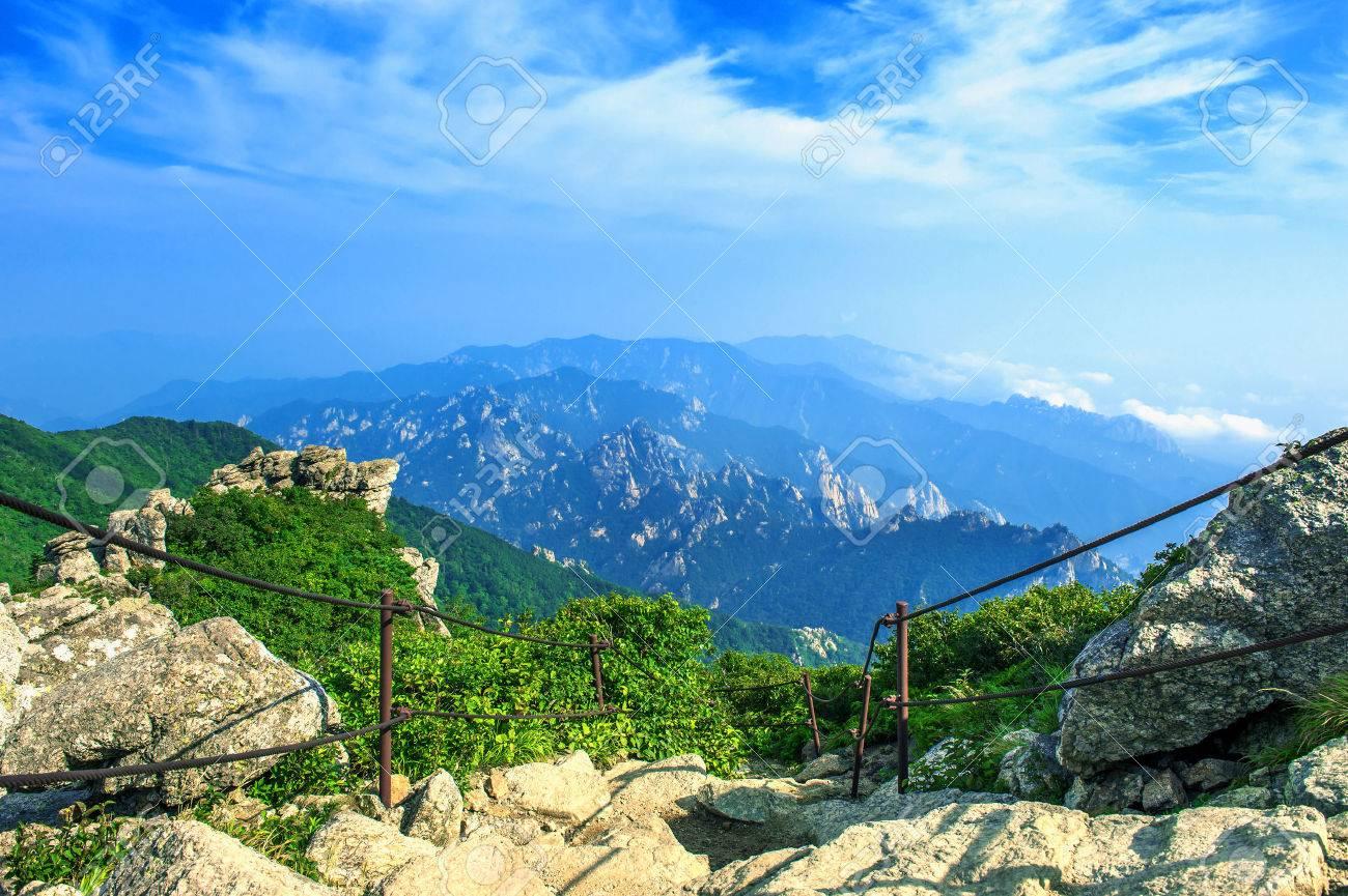 Seoraksan National Park, The best of Mountain in South Korea. - 43907971