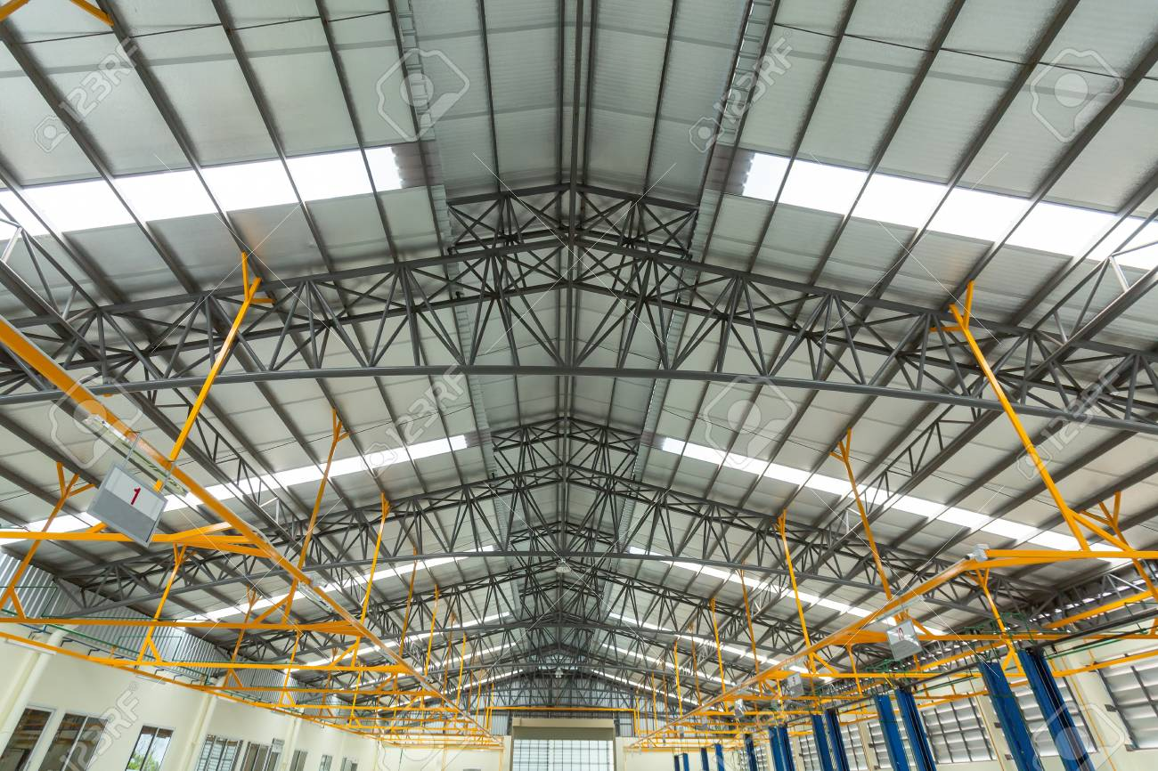 Steel roof truss in car repair center, Steel roof frame Under