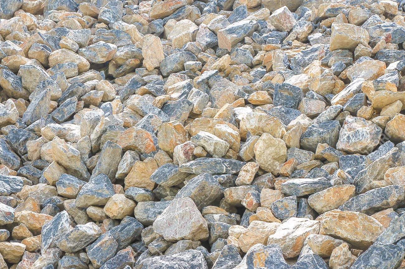 Pile of gravel, stones of different sizes