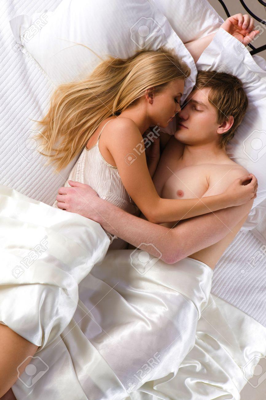 Фото как спят жены 15 фотография