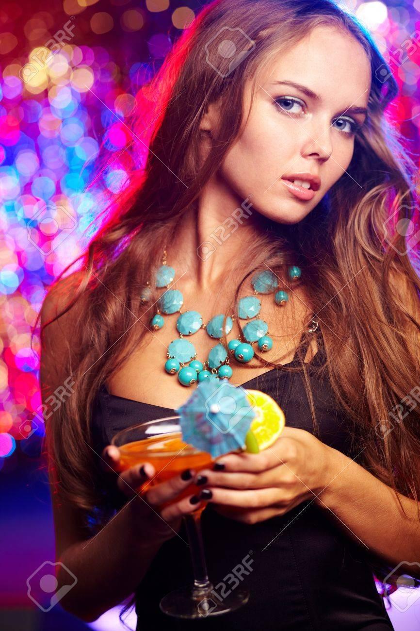 Фото русских девушек на вечеринке 7 фотография