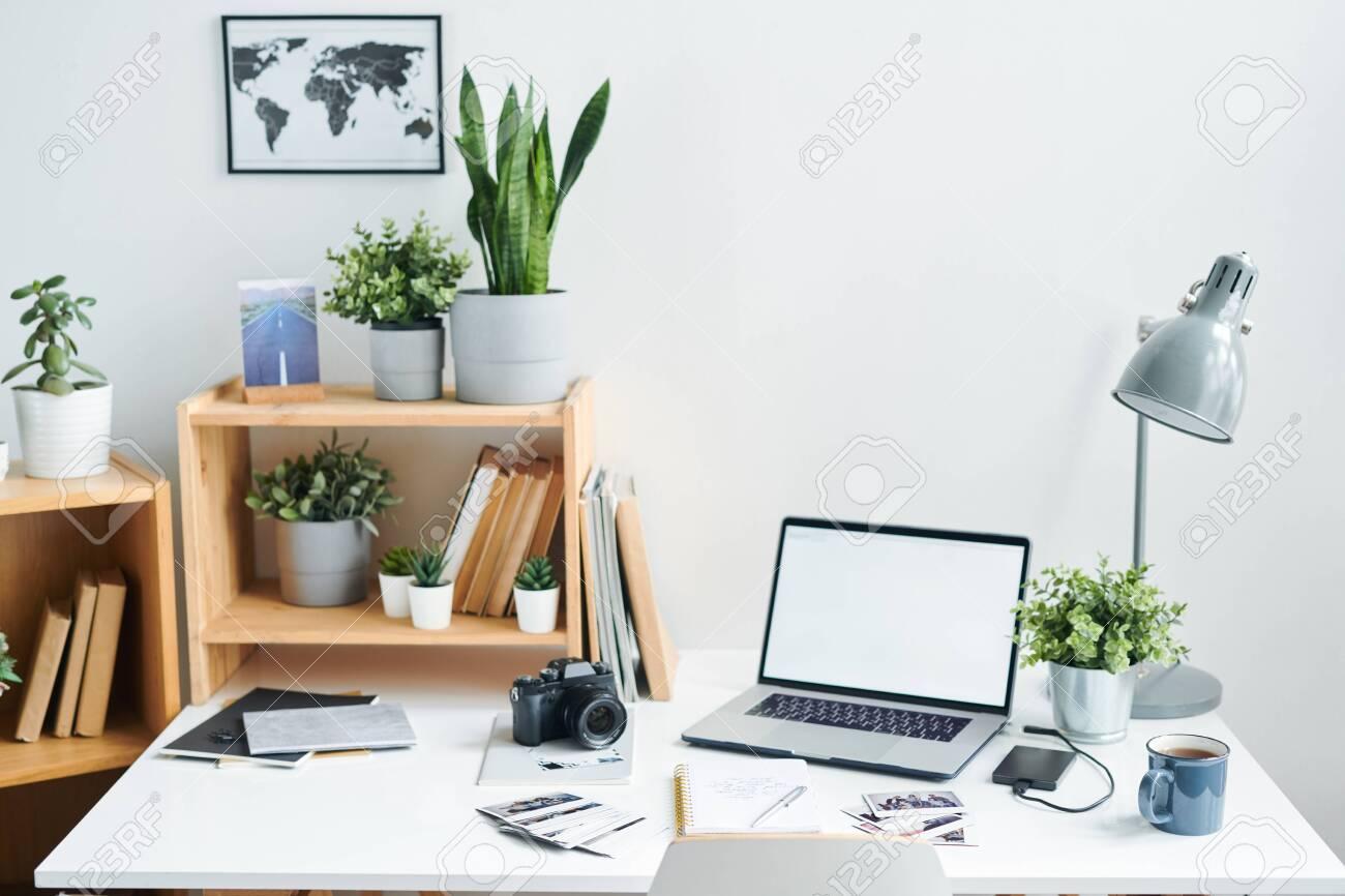 Workplace of modern designer - 124197917