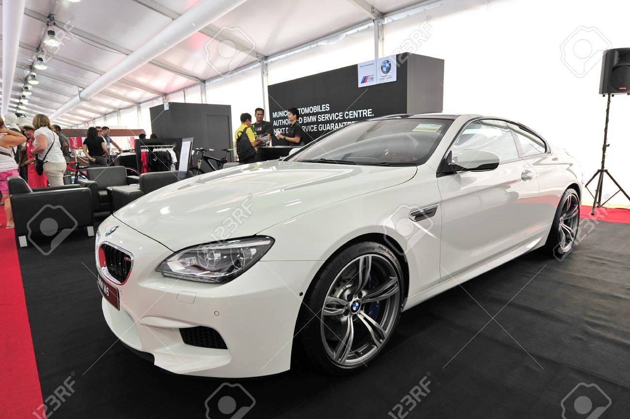 BMW M6 Gran Coupe >> White Bmw M6 Gran Coupe On Display At The Singapore Yacht Show