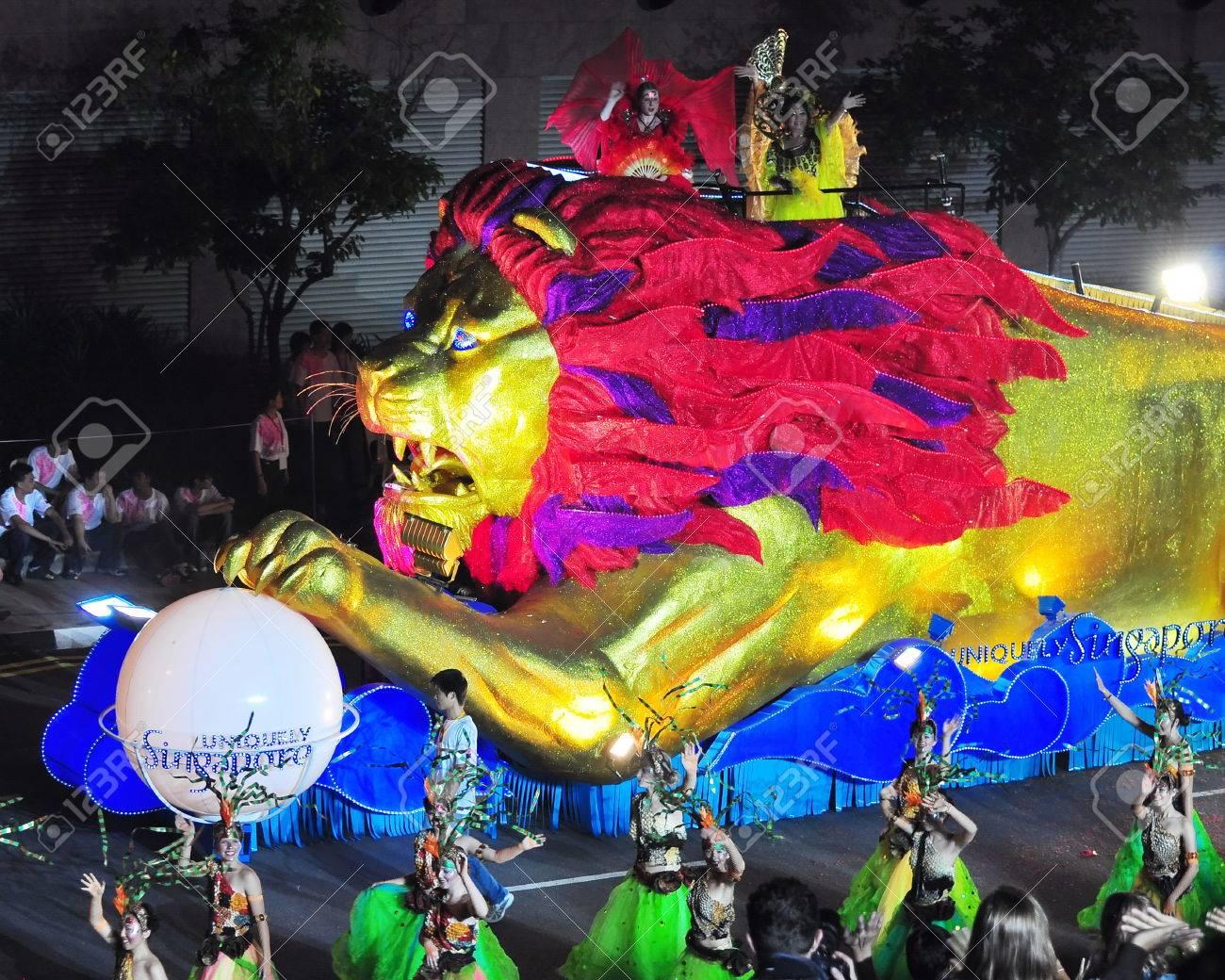 Singapur 31 De Enero Float Leon En Chingay Parade La Calle Mas