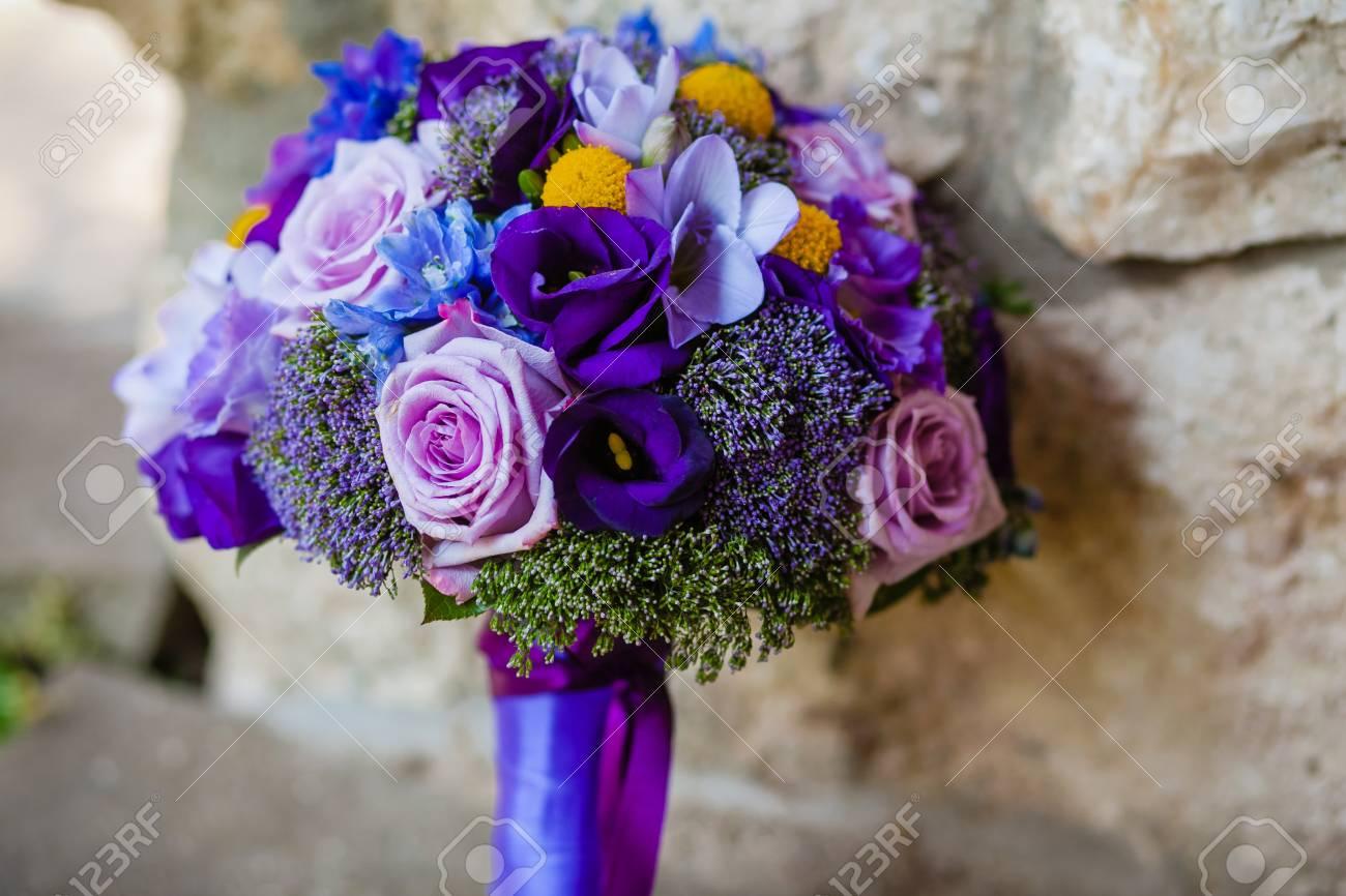 Nahaufnahme Von Hochzeitsstrauss Lizenzfreie Fotos Bilder Und Stock