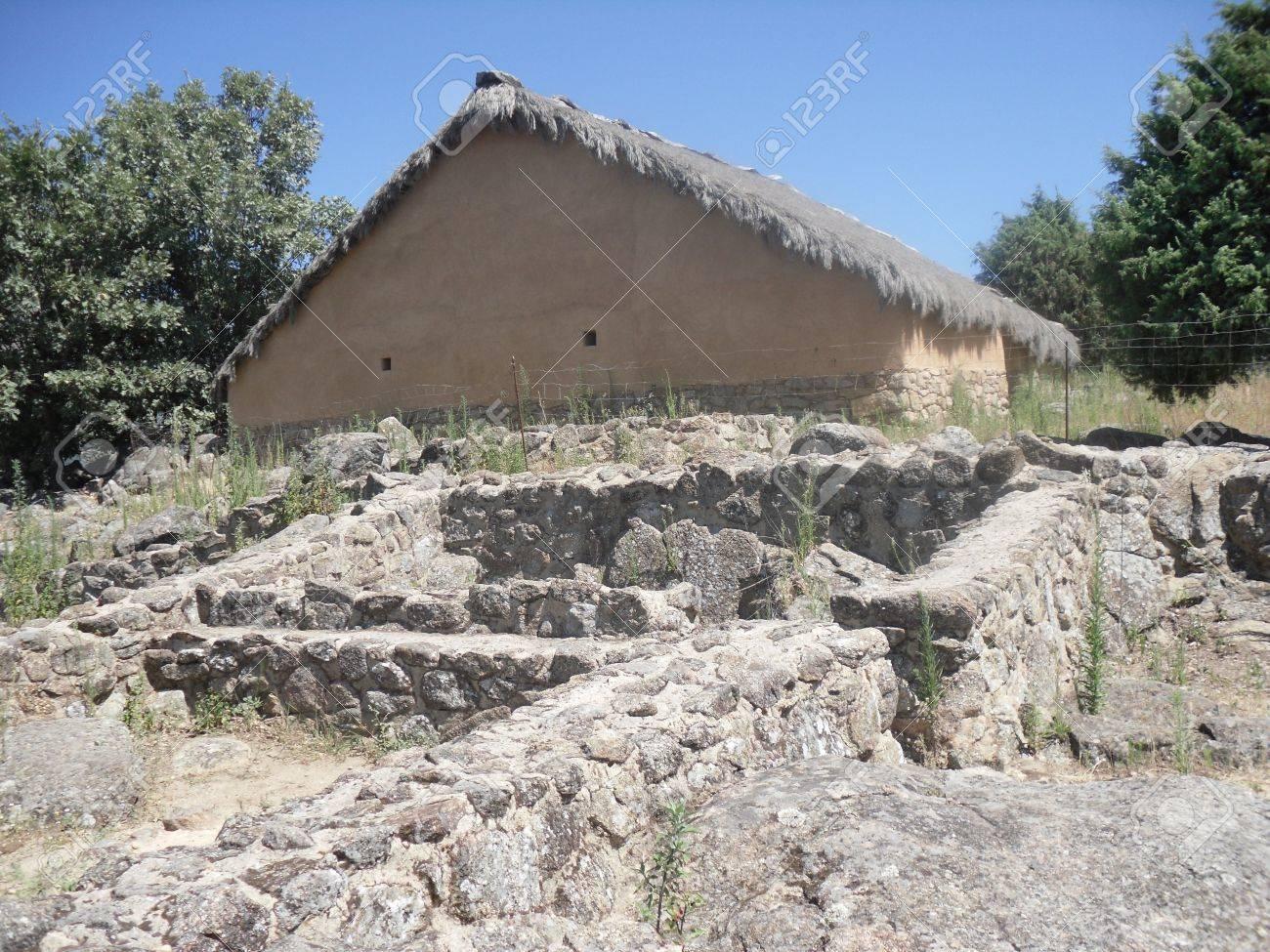 Celtic Castro, El Raso, Candeleda, vila - 12392930