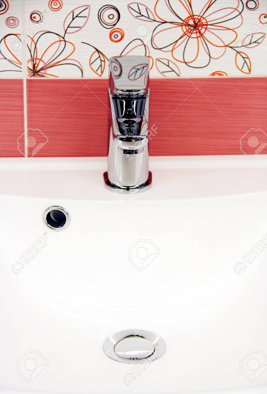 New faucet in the bathroom. Stock Photo - 12032976
