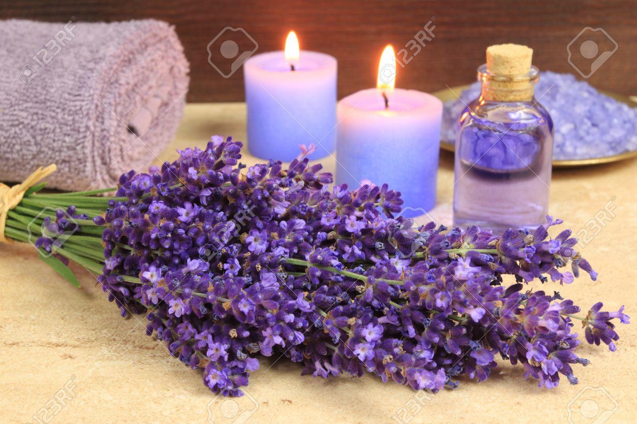 Spa wellness blumen  Spa-Resort Und Wellness-Zusammensetzung - Lavendel-Blumen ...