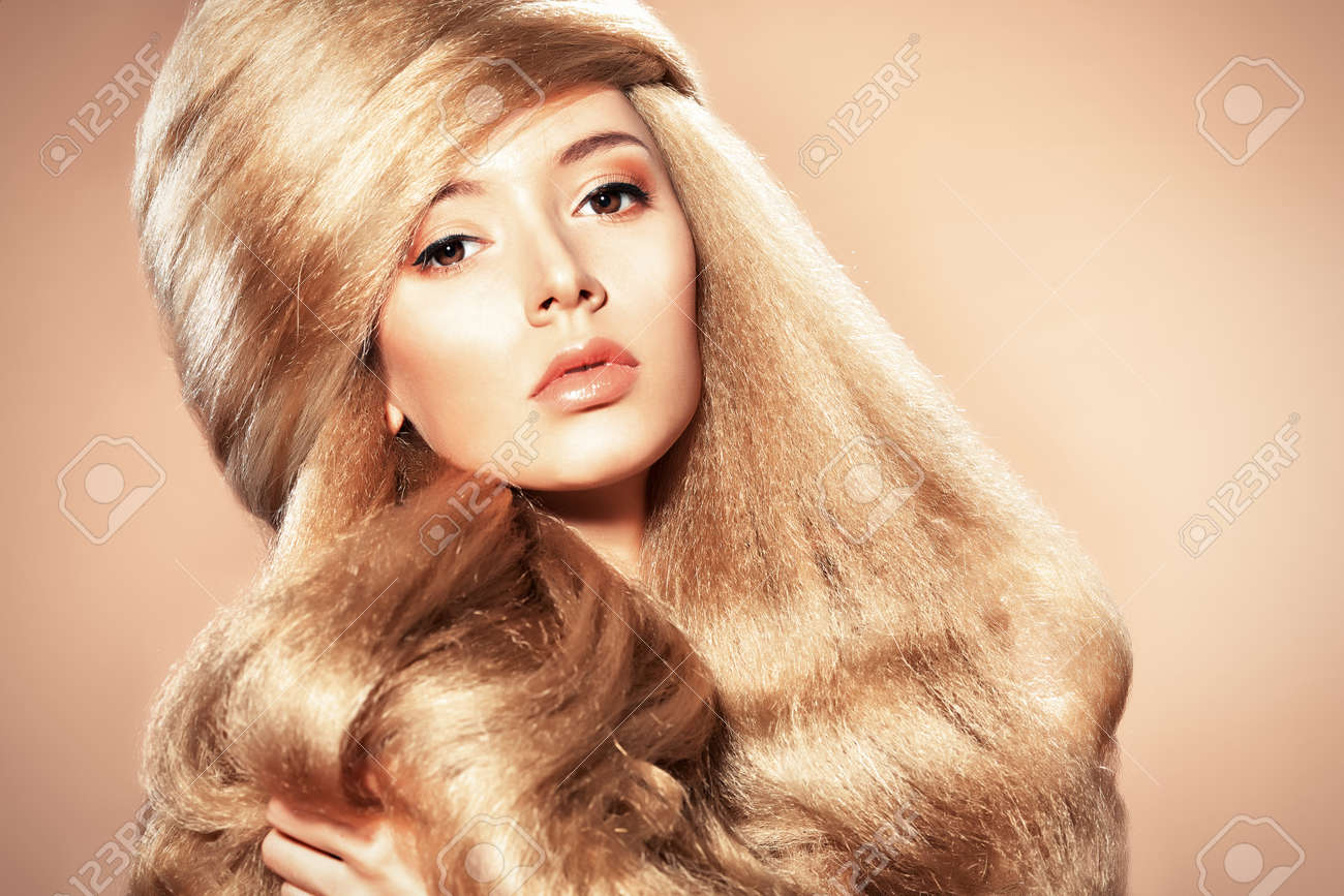 Beautiful blonde woman with fashionable hairstyle. Stock Photo - 17658382