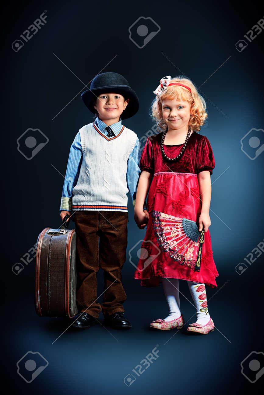 Фото с маленькими девочкой и мальчиком 18 фотография