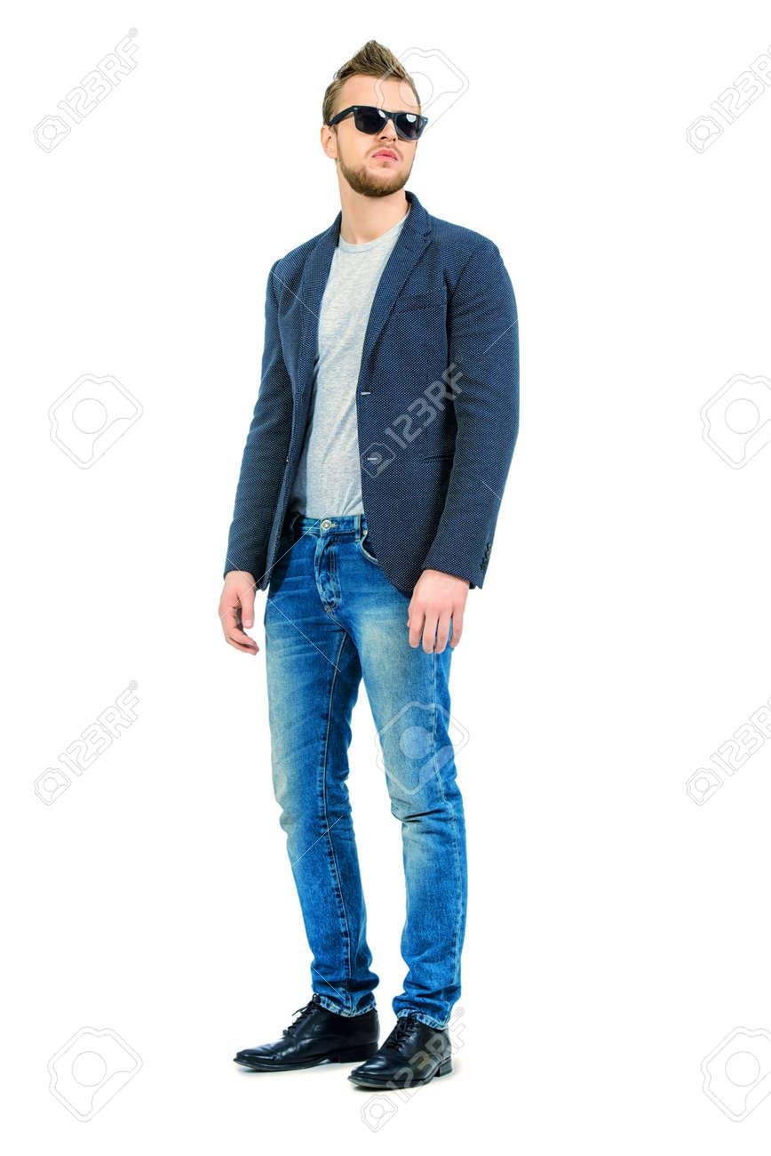 Retrato De Cuerpo Entero De Jovenes Casuales Pantalones Vaqueros Y Chaqueta De Hombre Que Llevaba La Belleza De Los Hombres De La Moda Aislado En Blanco Fotos Retratos Imagenes Y Fotografia De