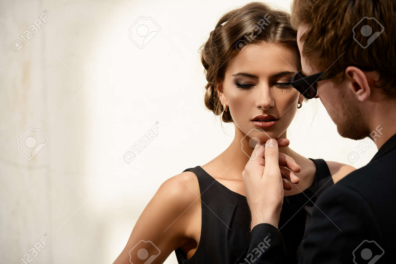 Portrait of a beautiful man and woman. Beauty, fashion. Love concept. Stock Photo - 43833018
