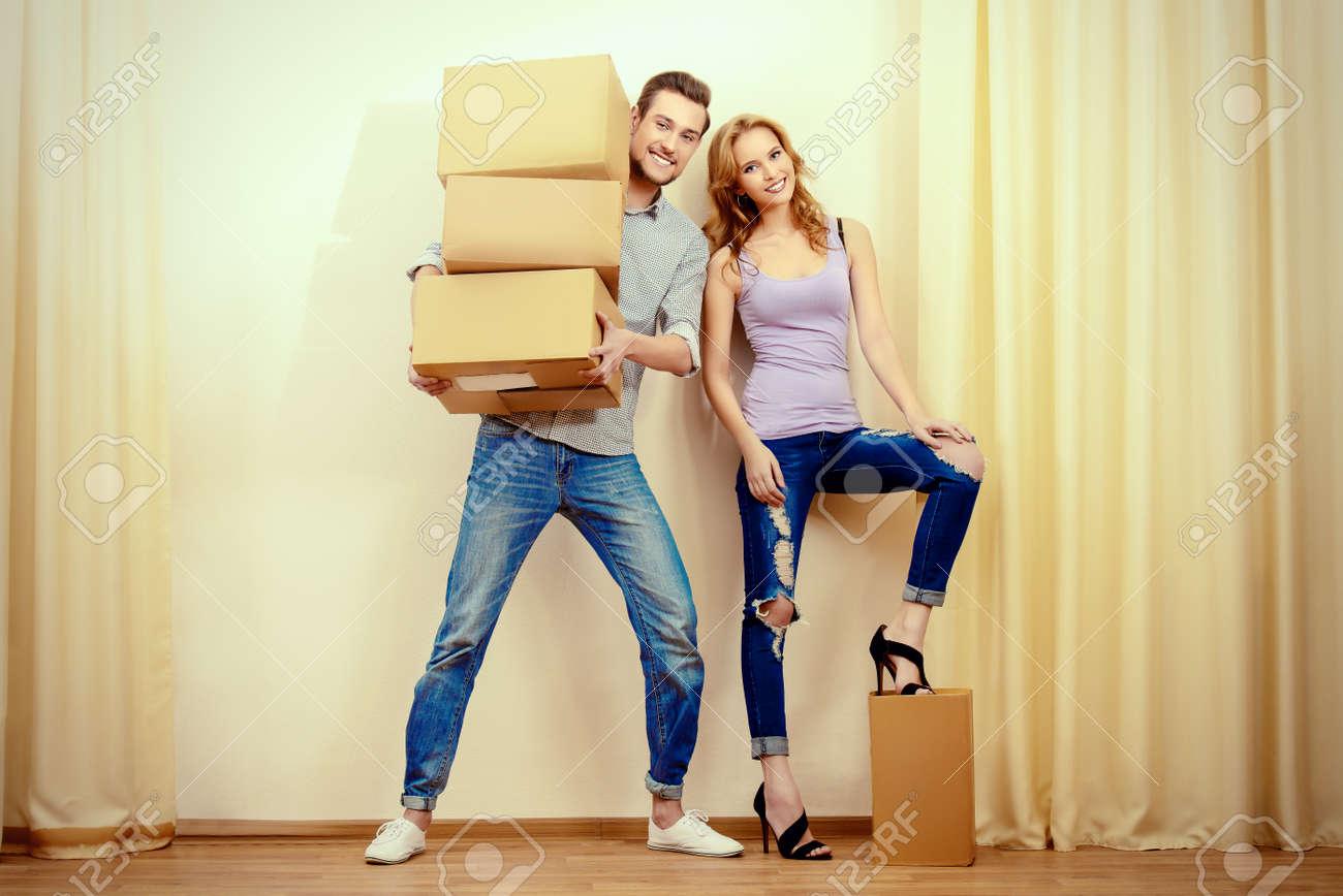 Glückliche Junge Menschen Eine Neue Heimat Reparatur Der Wohnung