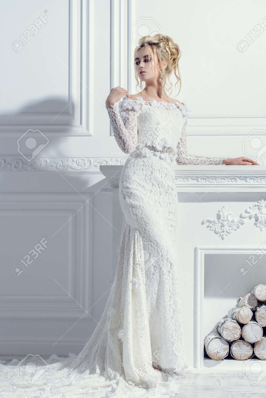 Full Length Portrait Of A Magnificent Young Woman In Elegant.. Stock ...