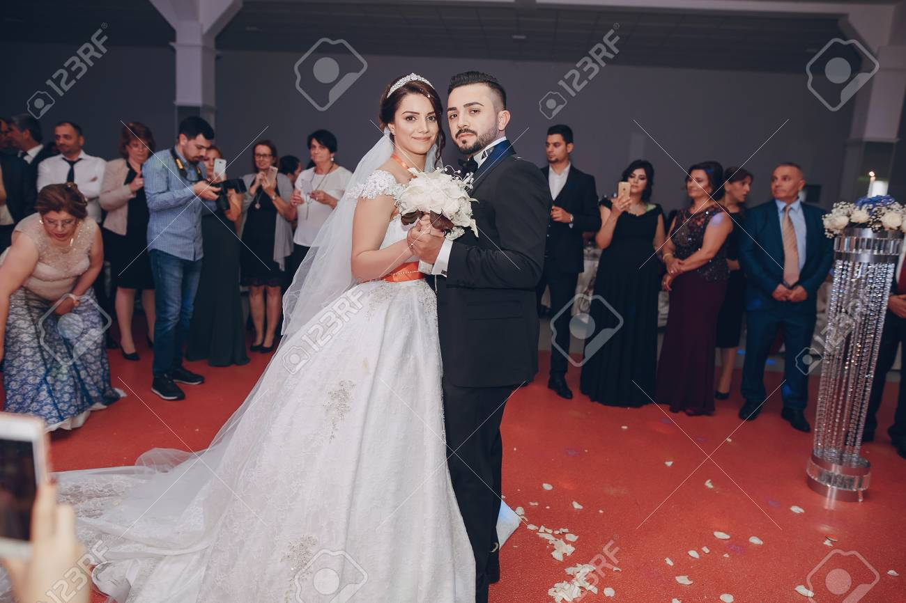 Turkische Hochzeit Hd Lizenzfreie Fotos Bilder Und Stock Fotografie