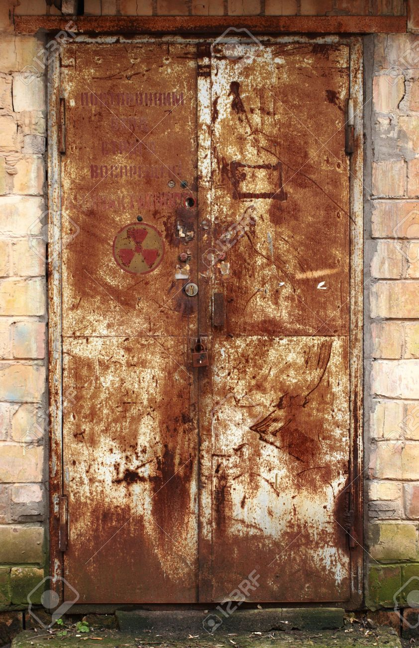 Rusty Door old rusty door stock photo, picture and royalty free image. image