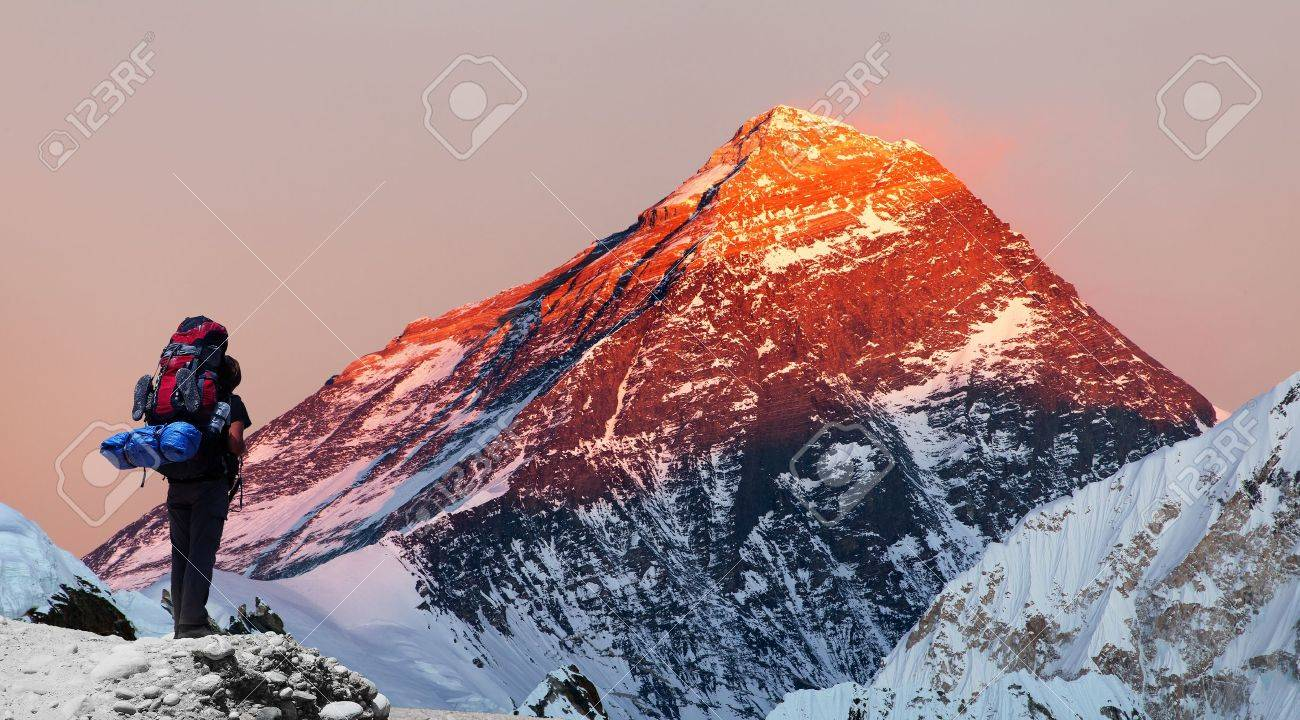 Evening colored view of Mount Everest from Gokyo valley with tourist on the way to Everest base camp, Sagarmatha national park, Khumbu valley, Khumbu valley, Sagarmatha national park, Nepal - 51110847