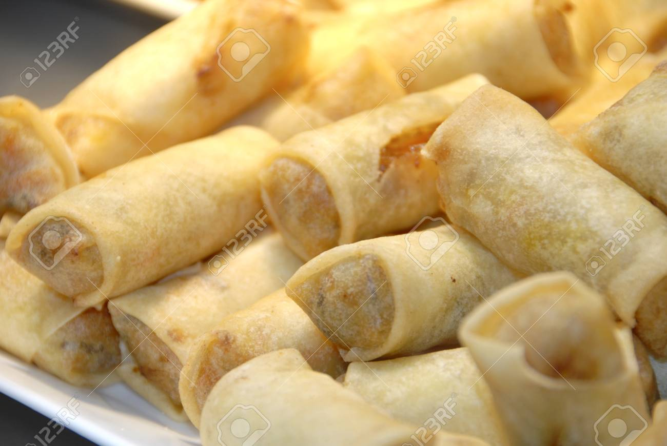 fresh fried spring rolls Stock Photo - 9944984