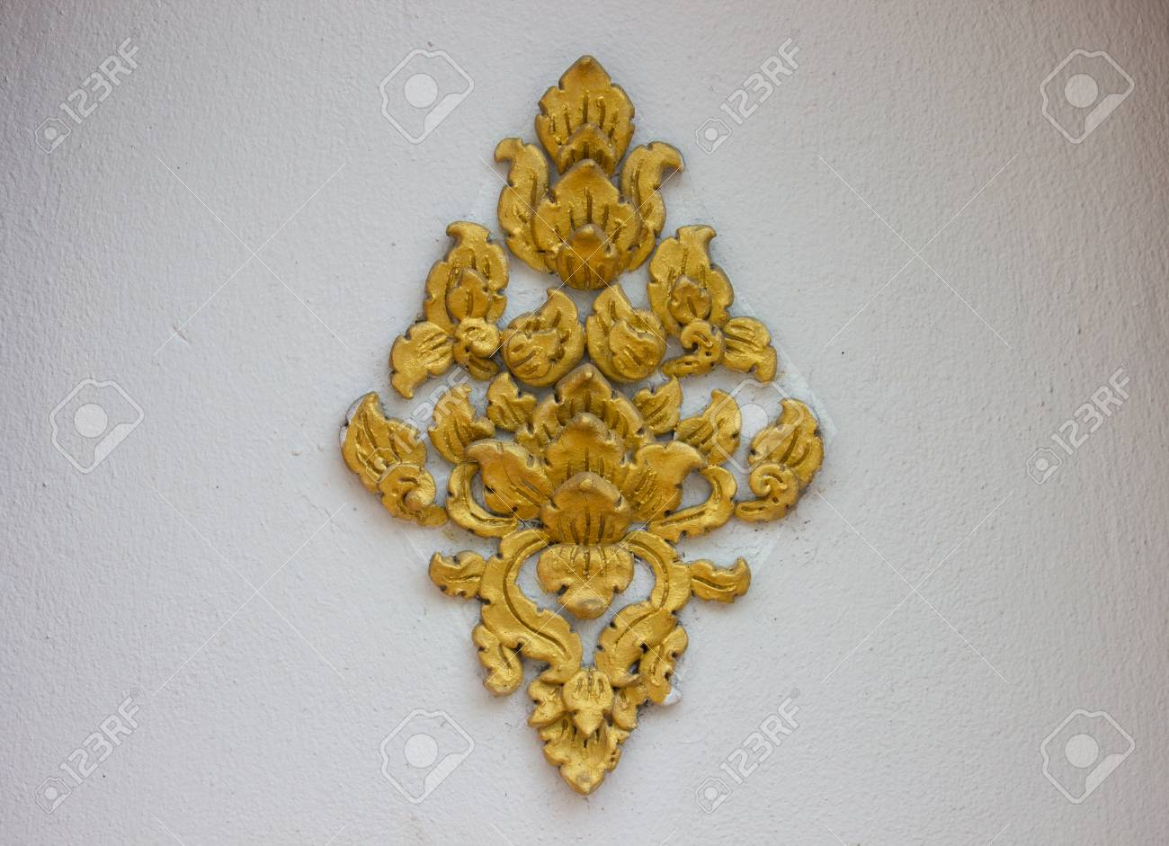 The Art Of Handmade Asian Golden Sculpture Tracery For Decorating ...