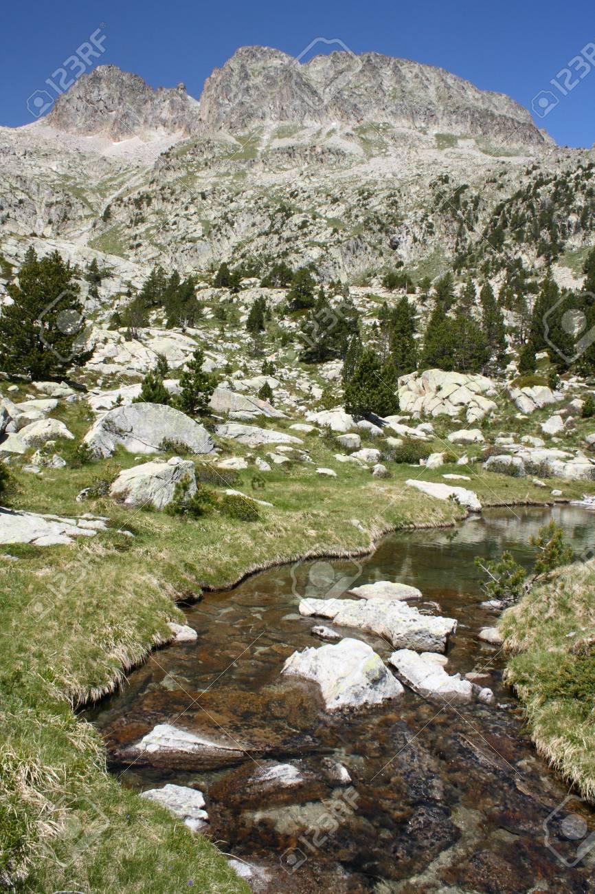 glacial spring in Estos Valley, Aragon Pyrenees Stock Photo - 15495670