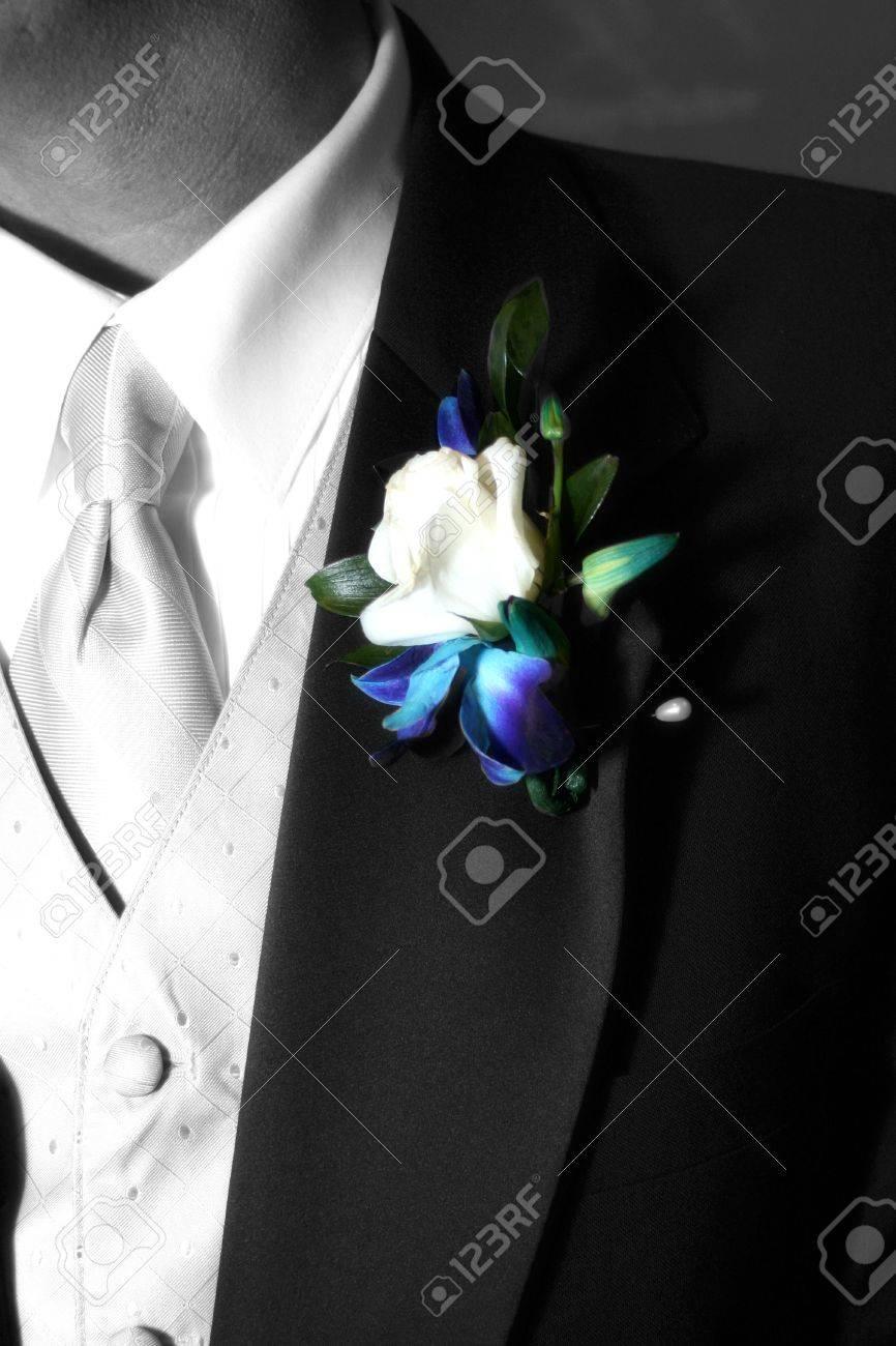 grooms colorufl corsage - 636546