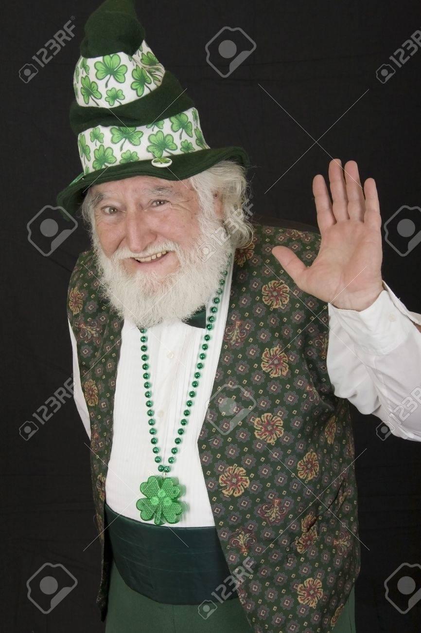 an old man dressed as a Leprechaun - 2704914