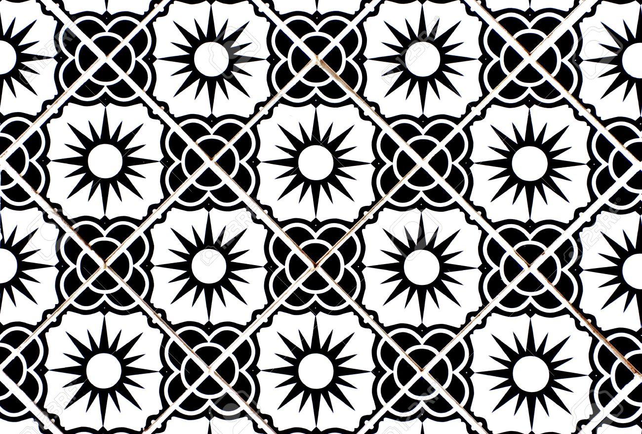 Banque dimages carreaux de céramique avec motif fleur et sun en noir et blanc