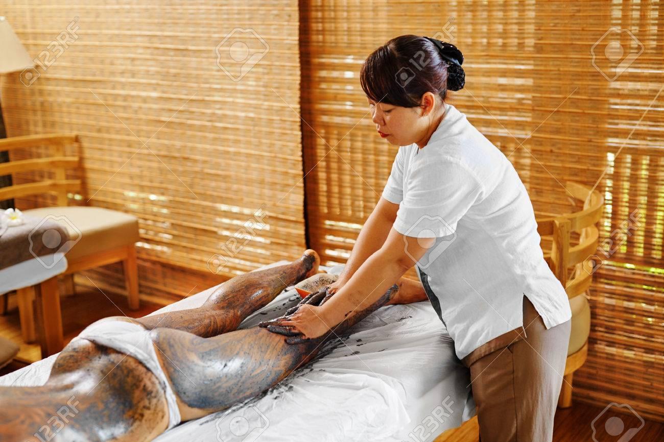 Sexy girl on massage table, vengaboys naakt