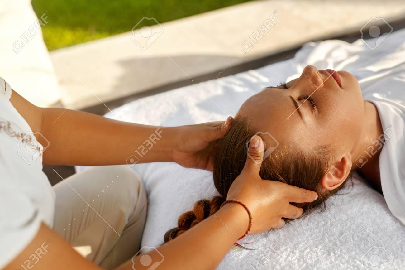 oil massage girl