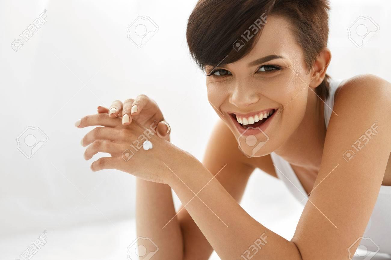Happy smiling nude Nude Photos 2