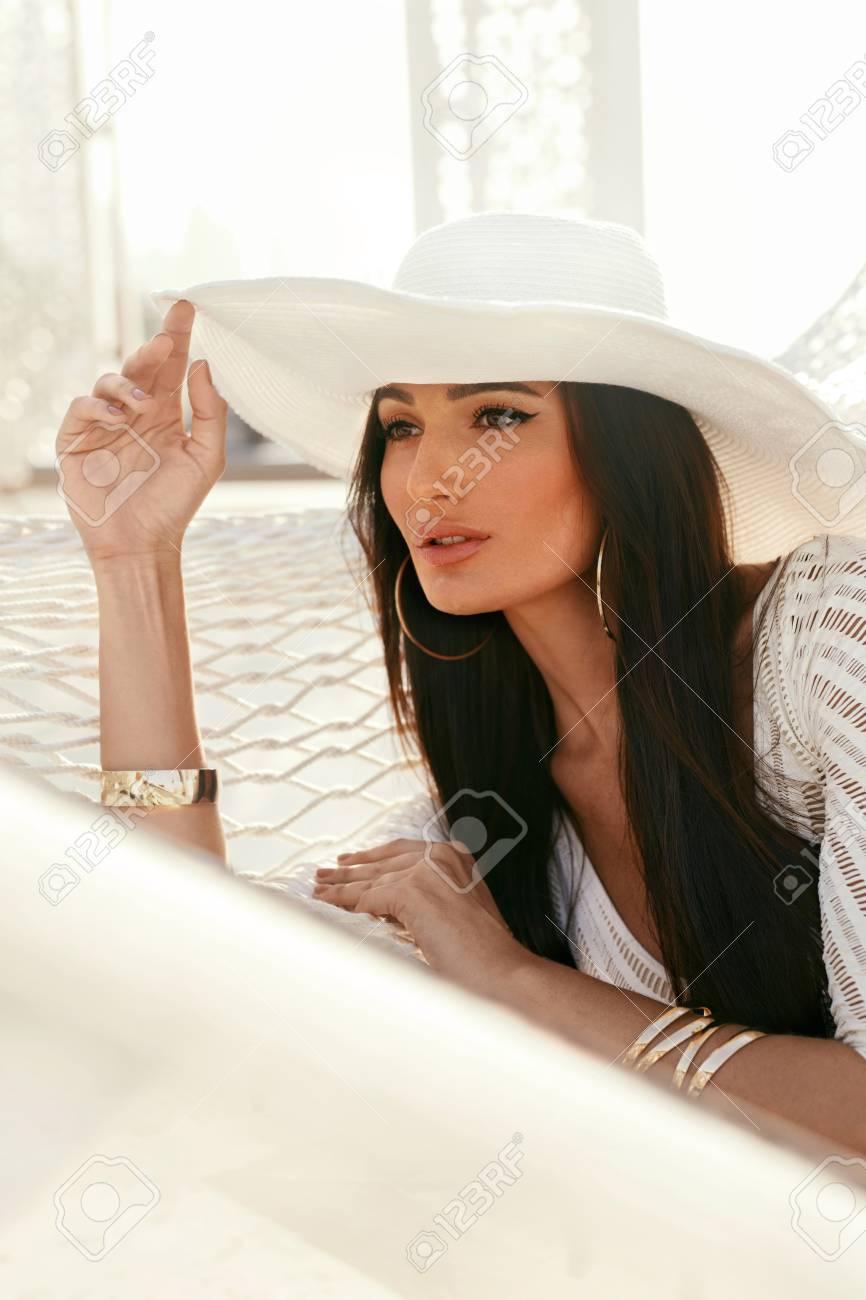 beautiful sexy white women