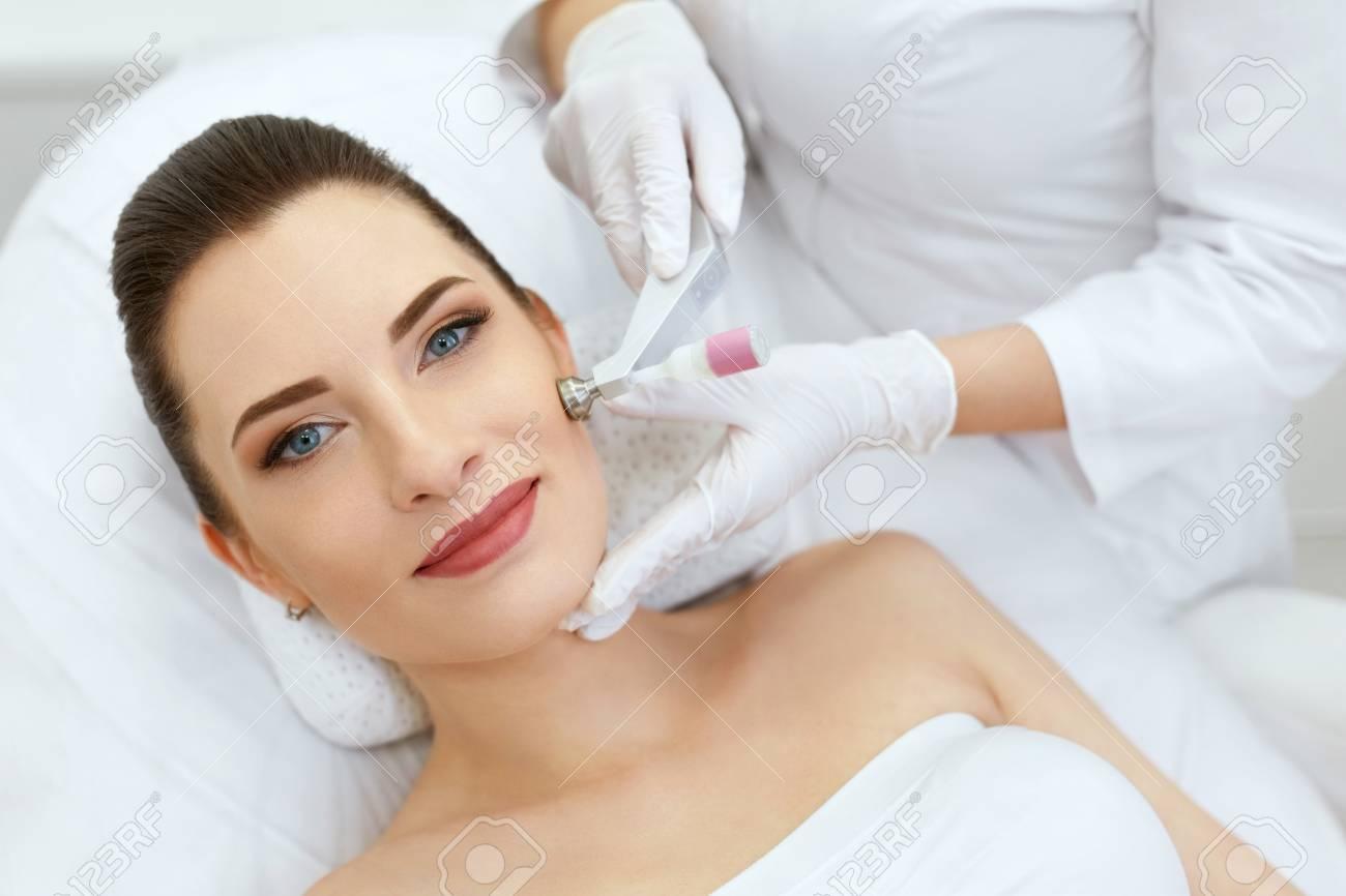 Beauty Clinic. Woman Doing Face Skin Cryo Oxygen Treatment - 108314227