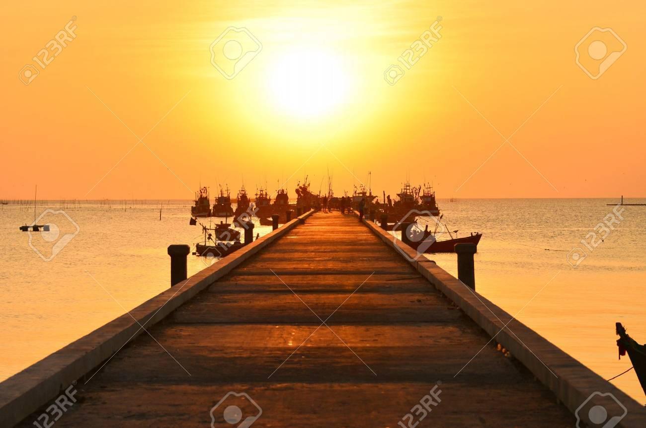 Sunset port Stock Photo - 12324780