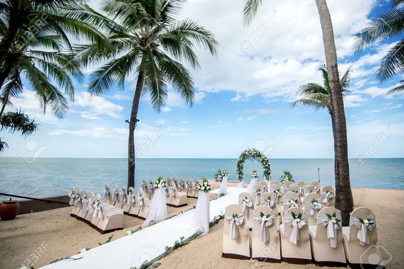 Hochzeitseinstellung Strandhochzeit Hochzeit Stuhle Lizenzfreie
