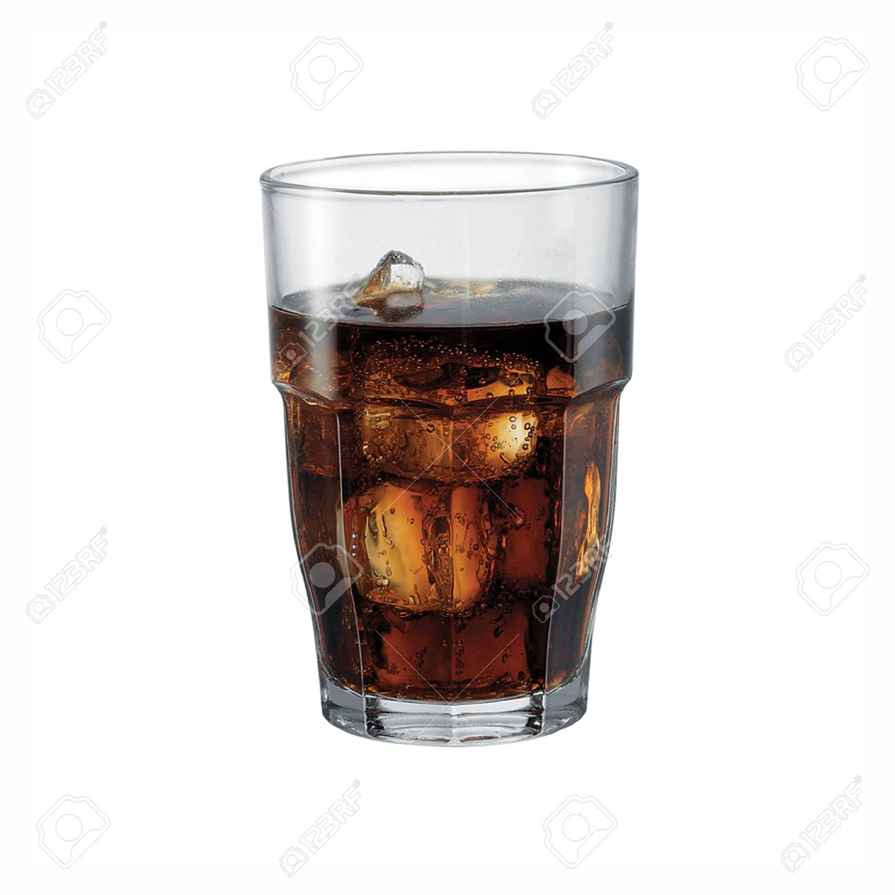 Dark Soda With Ice In Glass Isolated On White Background. Stock Photo,  Picture And Royalty Free Image. Image 117263921.