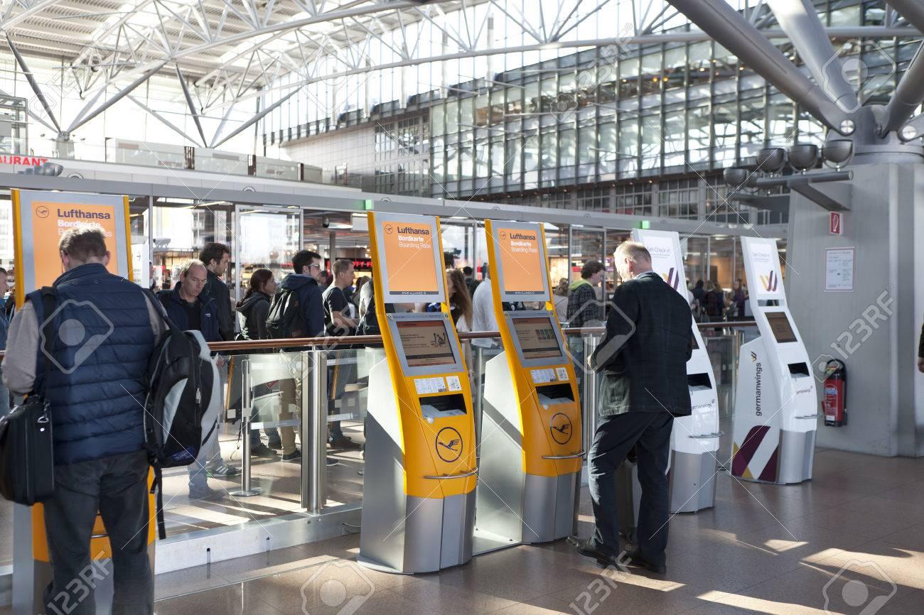 Automatic Check In Desk Lufthansa At Hamburg Airport Stock Photo