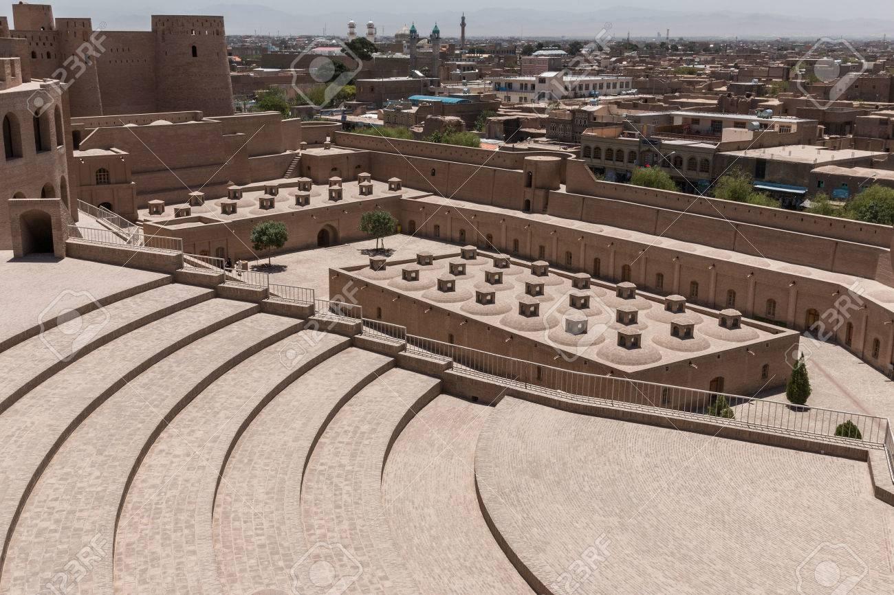 ヘラートのアフガニスタンの城塞 の写真素材・画像素材 Image 50772743.