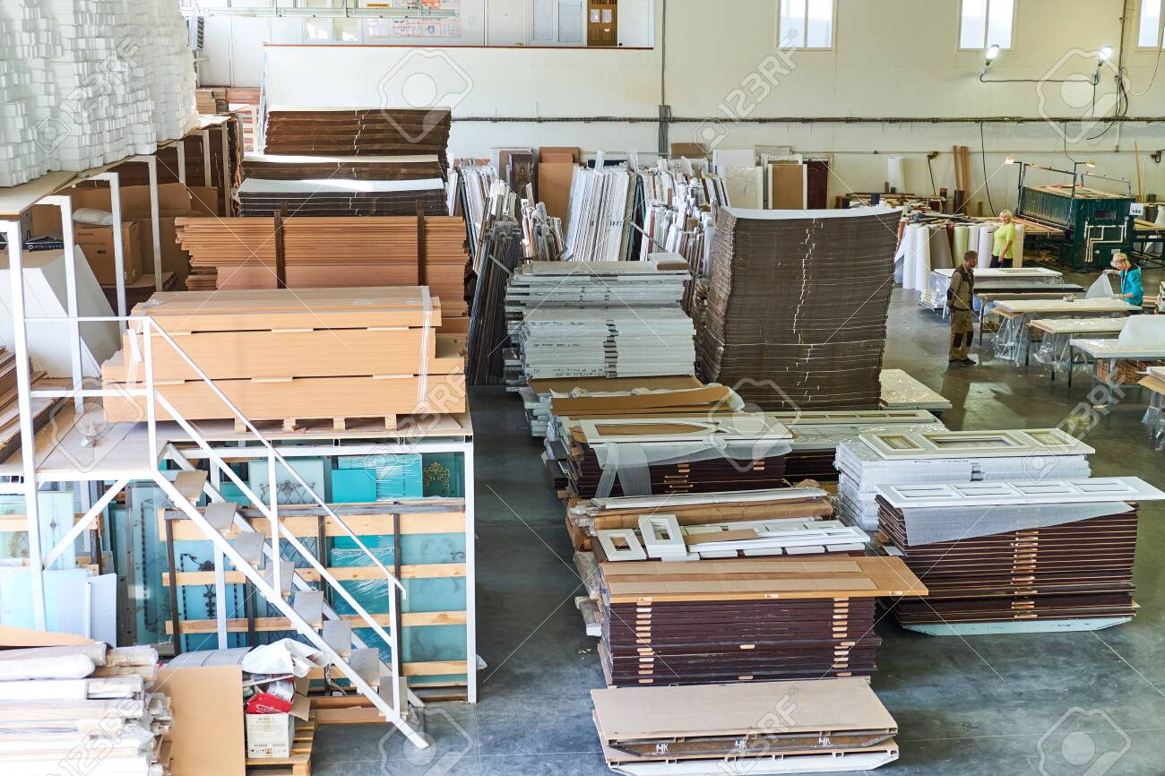warehouse of finished and packed doors, production of interior and metal doors - 122019671