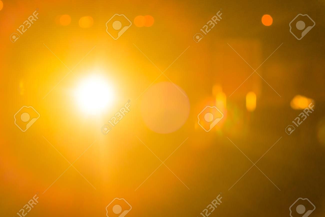 e62aa9b3fca7d gold ray lichter bokeh defokussiert abstrakten hintergrund glitzern .