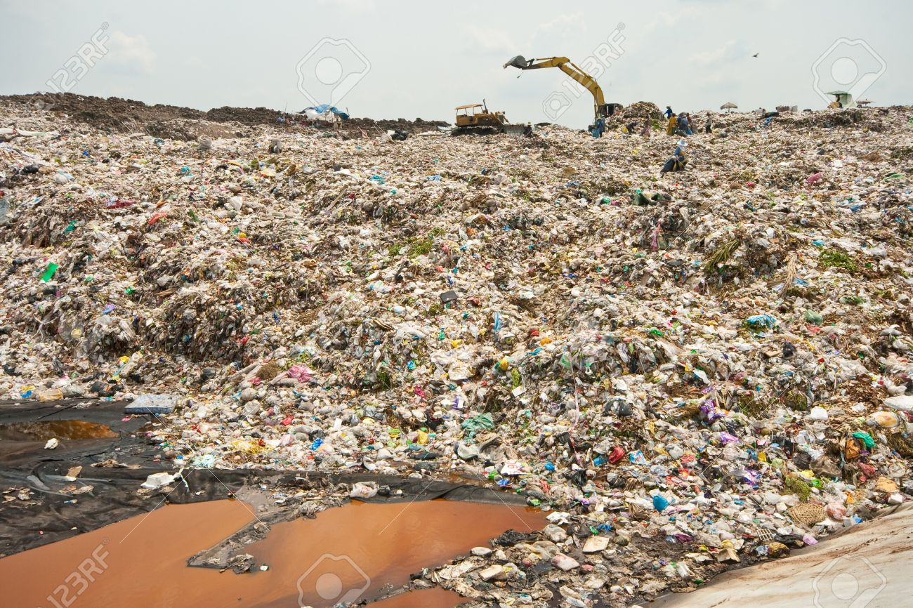 Midden Wastewater, Garbage, Pollution, Bad Life Stock Photo - 7963872
