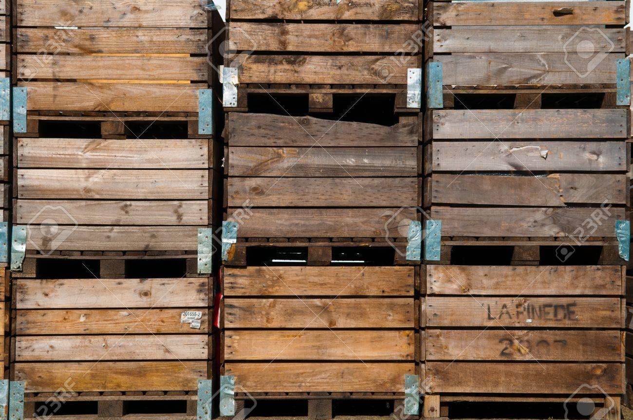 Prix Caisse A Pomme fond la caisse en bois utilisé pour le stockage de pommes de terre