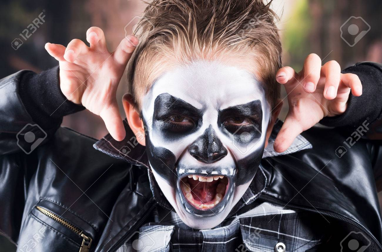 Boo Stock Photos And Images - 123RF