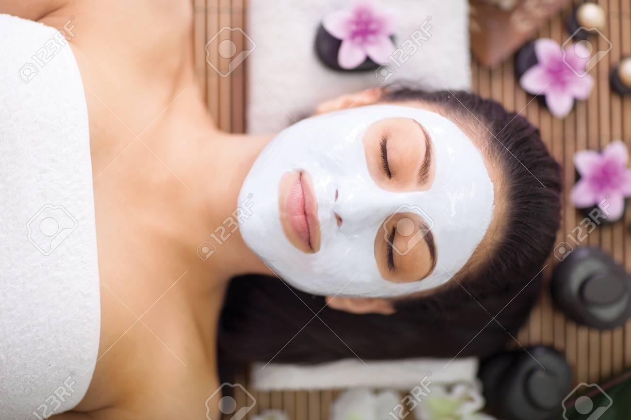 woman having beauty treatments in the spa salon - 29259462