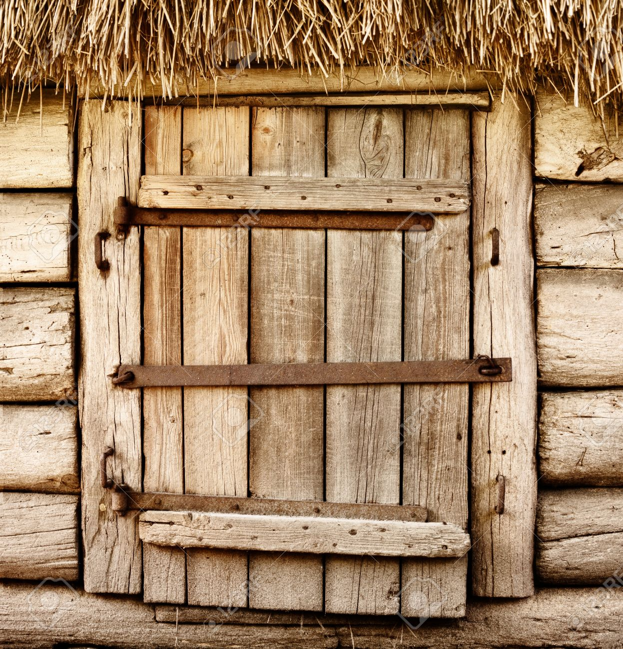 Stock Photo - Wooden door of old rustic cabin & Wooden Door Of Old Rustic Cabin Stock Photo Picture And Royalty ...